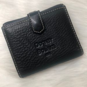 Dooney & Bourke 💳 Black Leather Wallet